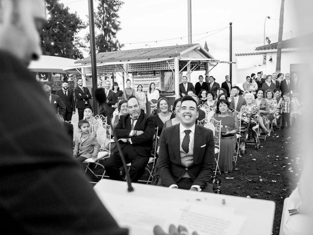 La boda de Fran y Cristina en Villafranca De Los Barros, Badajoz 31
