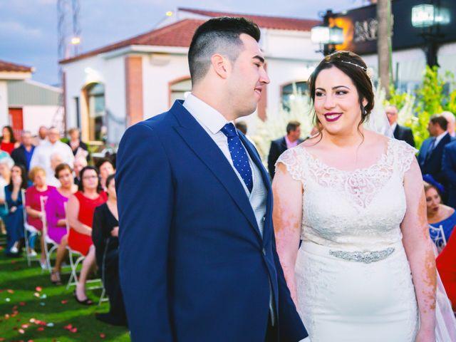 La boda de Fran y Cristina en Villafranca De Los Barros, Badajoz 36