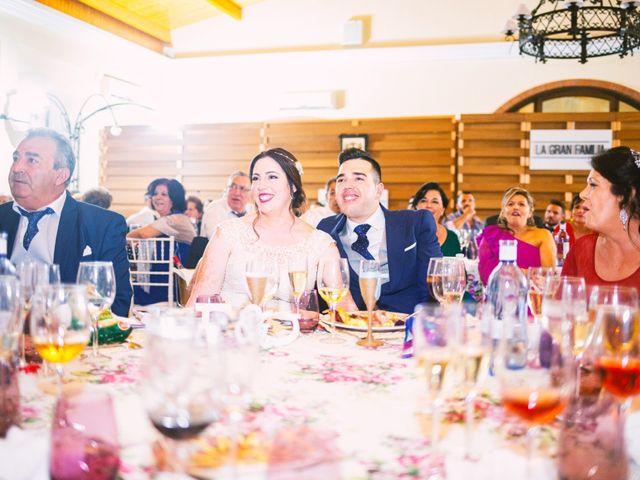 La boda de Fran y Cristina en Villafranca De Los Barros, Badajoz 48