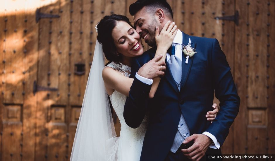 La boda de Miguel y Raquel en Madrid, Madrid