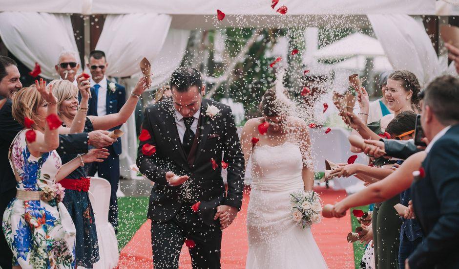 La boda de Maite y Gerard en Les Cases D'alcanar, Tarragona