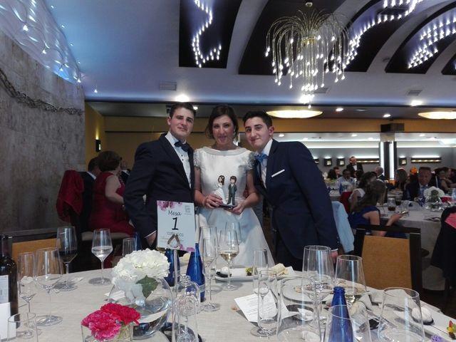 La boda de Héctor y Alexandra en Pedrajas De San Esteban, Valladolid 24
