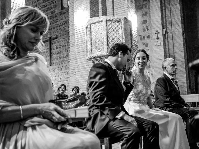 La boda de Velentin y Laura en Toledo, Toledo 23