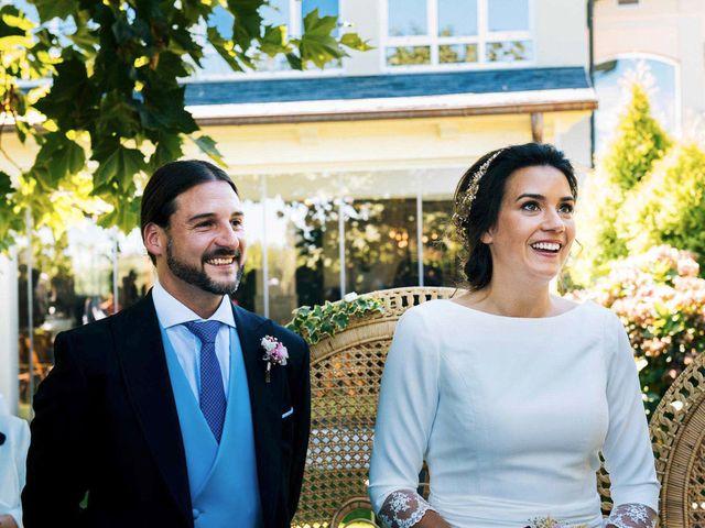 La boda de Simón y Elena en Navia, Asturias 10