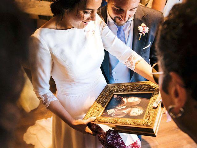 La boda de Simón y Elena en Navia, Asturias 18