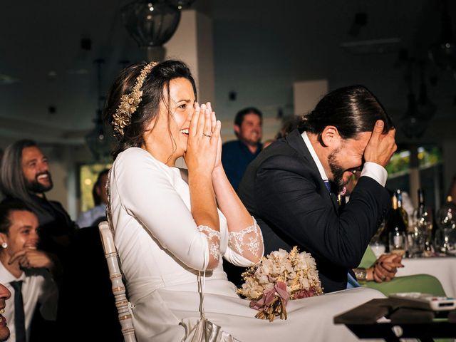 La boda de Simón y Elena en Navia, Asturias 31