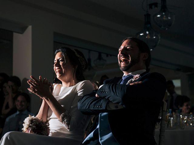 La boda de Simón y Elena en Navia, Asturias 32