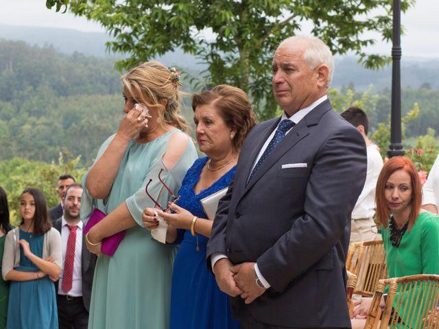 La boda de Rober y Cori en Laracha (Laracha), A Coruña 60