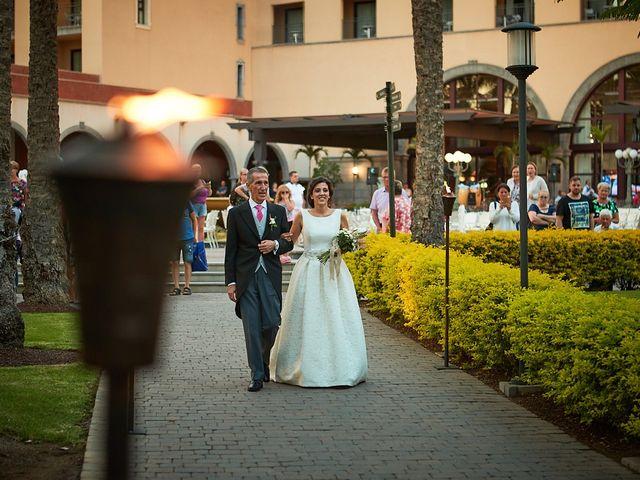 La boda de Adrián y Marta en Las Meloneras, Las Palmas 25