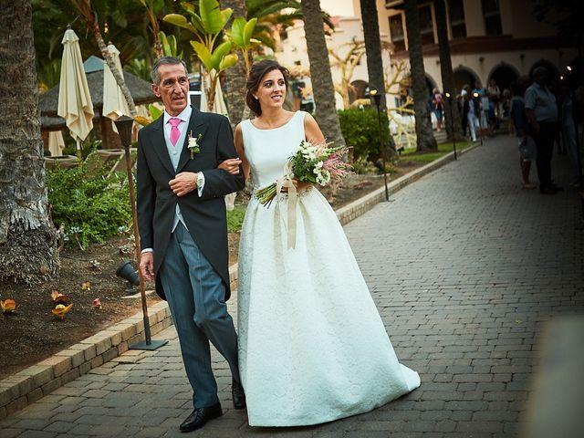 La boda de Adrián y Marta en Las Meloneras, Las Palmas 26
