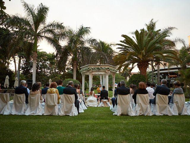 La boda de Adrián y Marta en Las Meloneras, Las Palmas 28