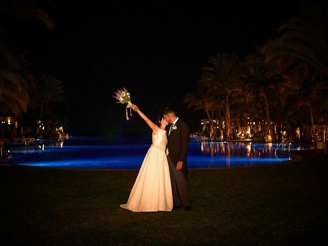 La boda de Adrián y Marta en Las Meloneras, Las Palmas 34