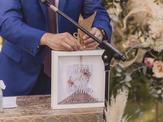 La boda de Jose y Esther en Jerez De La Frontera, Cádiz 81