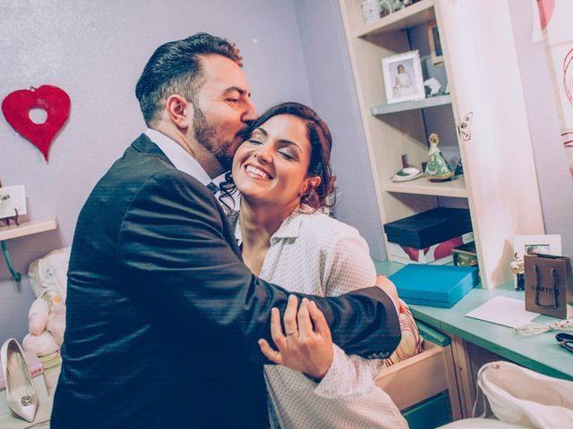 La boda de Cristian y Verónica en Castelló/castellón De La Plana, Castellón 1