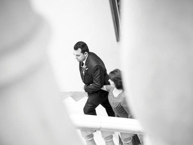 La boda de Cristian y Verónica en Castelló/castellón De La Plana, Castellón 5