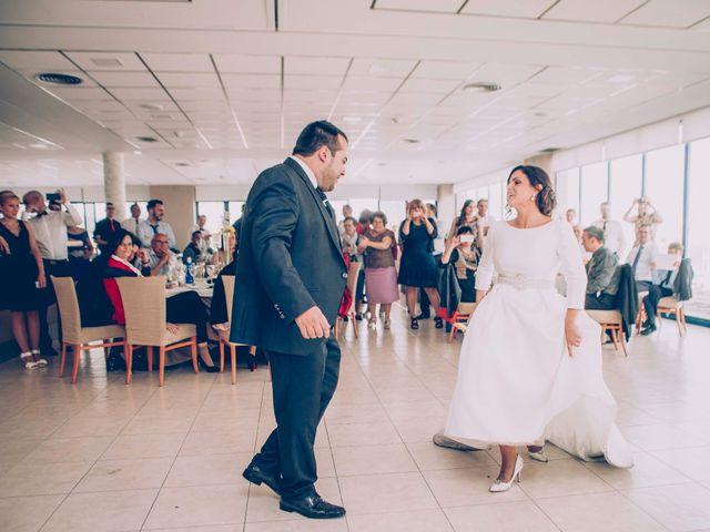 La boda de Cristian y Verónica en Castelló/castellón De La Plana, Castellón 26
