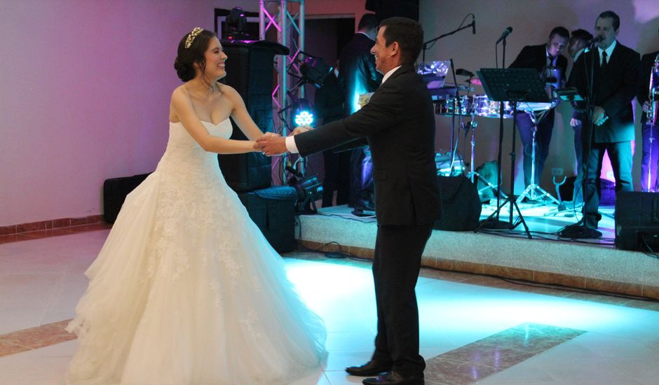 La boda de Sandra y Pablo en Sevilla, Sevilla