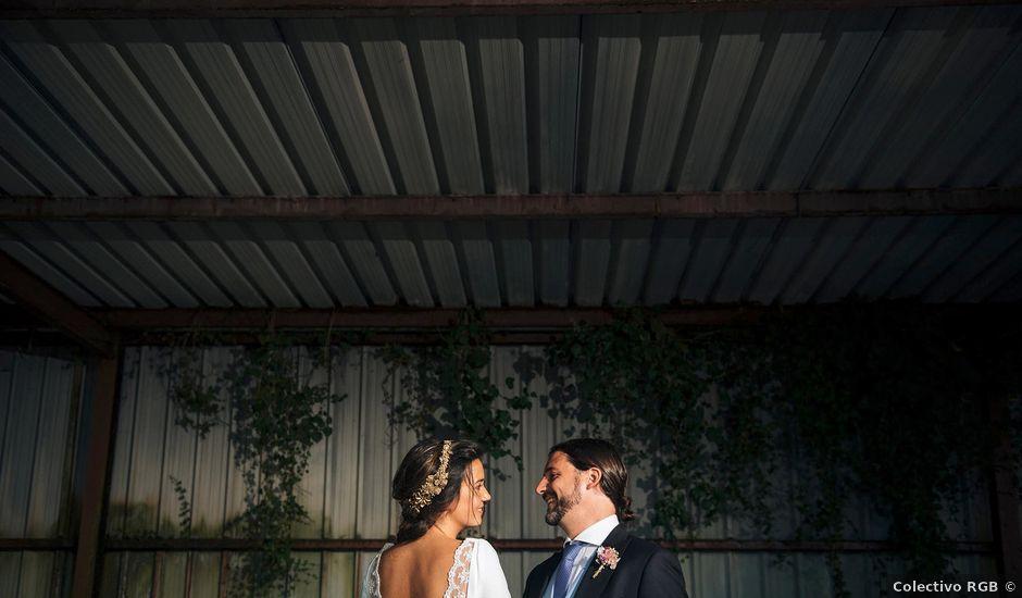 La boda de Simón y Elena en Navia, Asturias