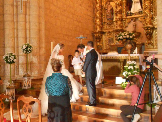 La boda de Juan Carlos y Cristina en Villamuriel De Cerrato, Palencia 1