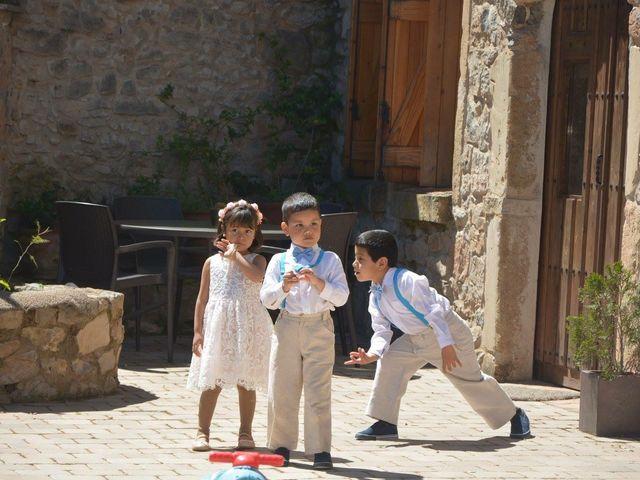 La boda de Paulo  y Tania en Sallent, Barcelona 39