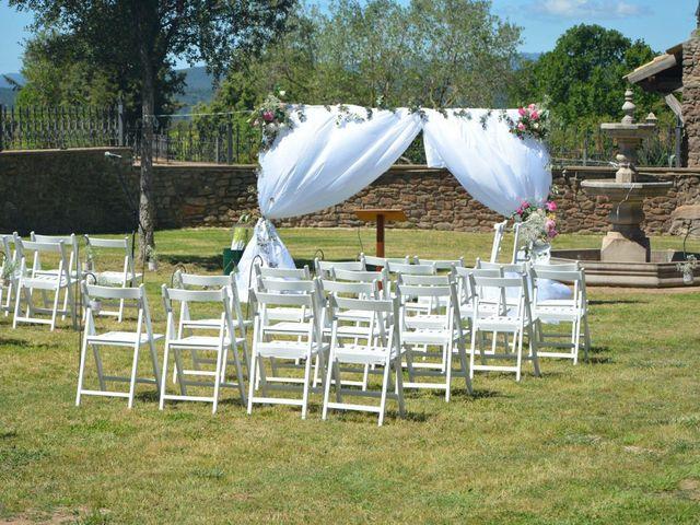 La boda de Paulo  y Tania en Sallent, Barcelona 62