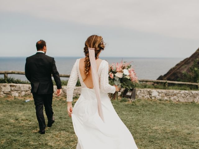 La boda de Juan y Ali en Ribadesella, Asturias 68