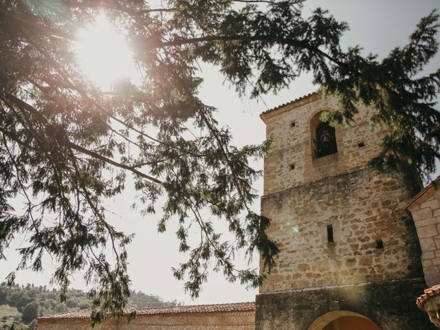 La boda de Juan y Ali en Cangas De Onis, Asturias 75