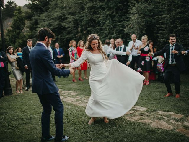 La boda de Juan y Ali en Cangas De Onis, Asturias 107