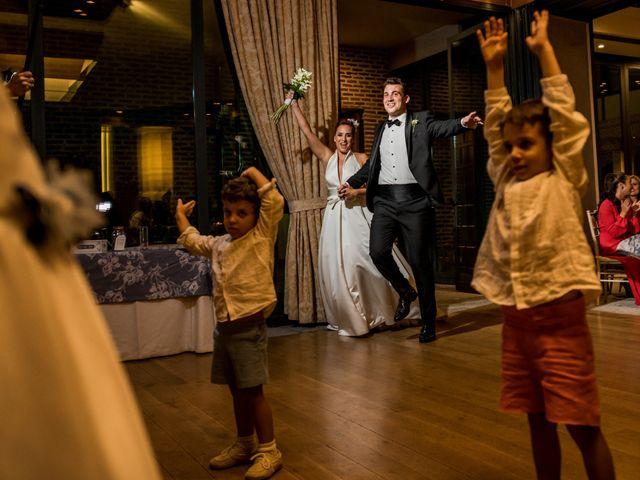 La boda de Arturo y Vicky en Boadilla Del Monte, Madrid 36