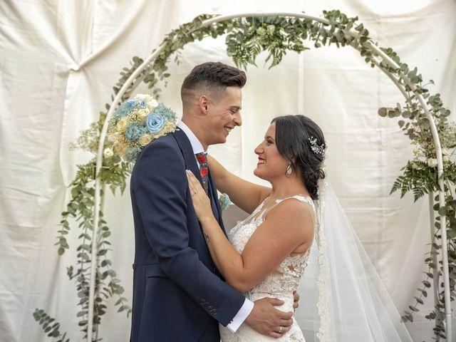 La boda de Nazaret y Adrián en San Fernando, Cádiz 21
