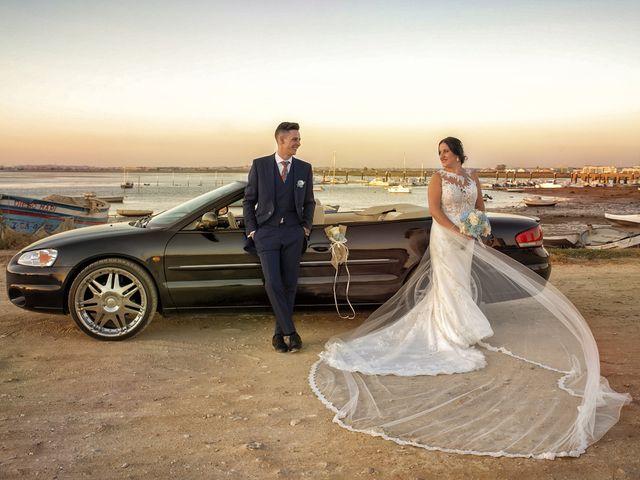 La boda de Nazaret y Adrián en San Fernando, Cádiz 24