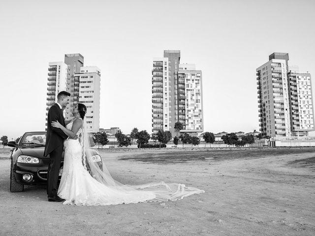 La boda de Nazaret y Adrián en San Fernando, Cádiz 25
