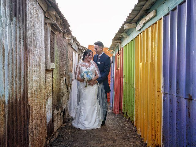 La boda de Nazaret y Adrián en San Fernando, Cádiz 26