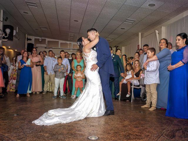 La boda de Nazaret y Adrián en San Fernando, Cádiz 33