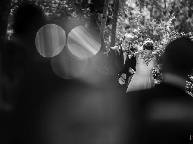La boda de Albert y Laura en Sant Andreu De La Vola, Barcelona 1