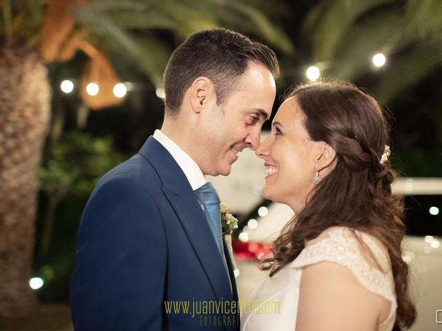 La boda de Manuel y Isabel en El Puig, Valencia 1