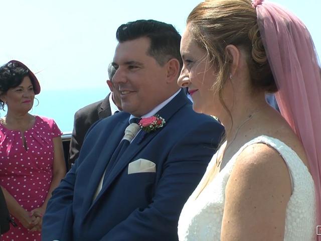 La boda de Oscar y Cristina en Benidorm, Alicante 1