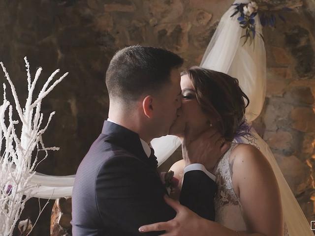 La boda de Jonathan y Ylenia en Sallent, Barcelona 1
