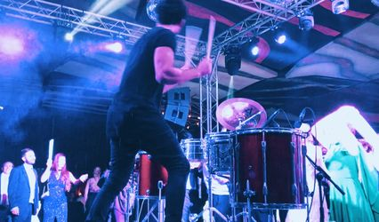 Jorge Shepley - Percusión