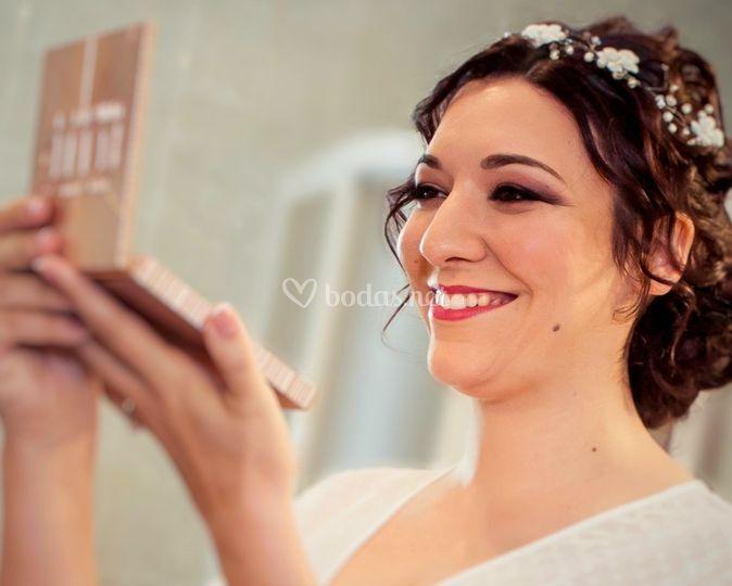 Cristina mirándose