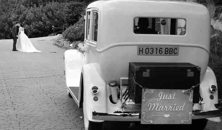 Cartel Just Married incluido