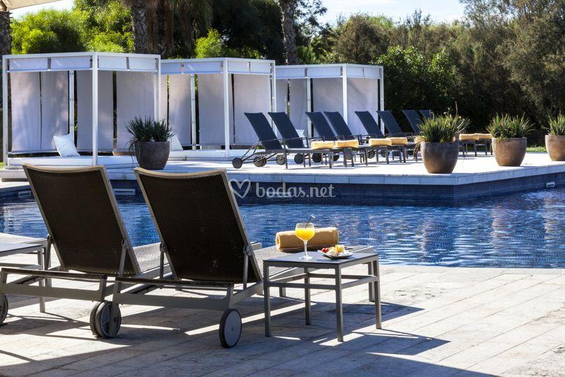 Hotel ac gav mar for Piscina 94 respuestas