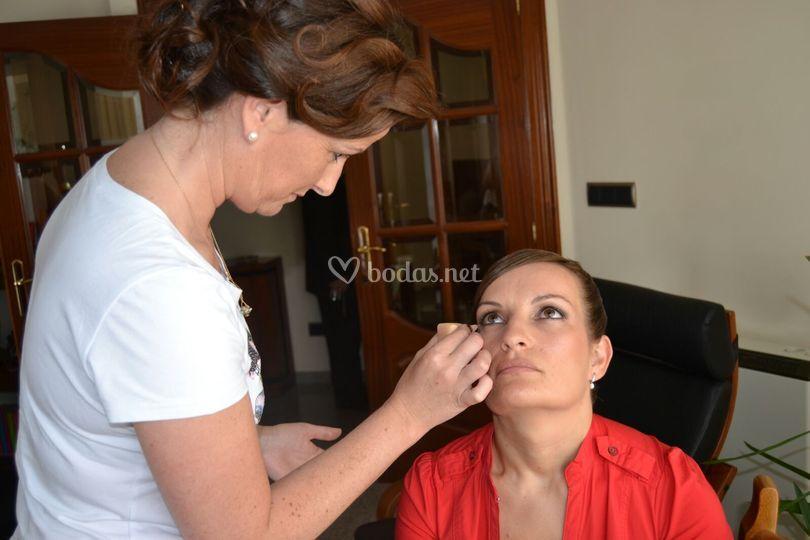 Maquillaje en casa de la novia