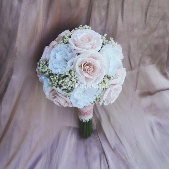 Ramo de rosas en tono rosa
