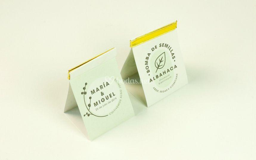 Bomba de semillas de triángulo