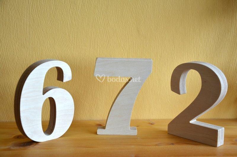 Números de madera de mesas