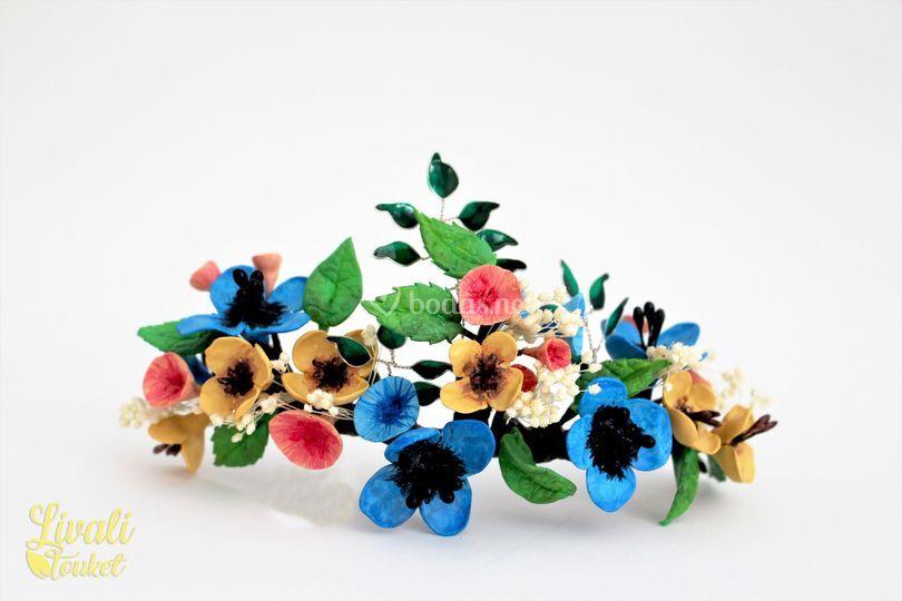 Tocado novia flores modeladas