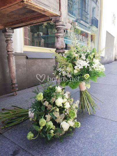Ramos de novia tonos blancos