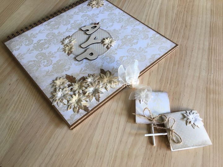 Libro de firmas y piruletas
