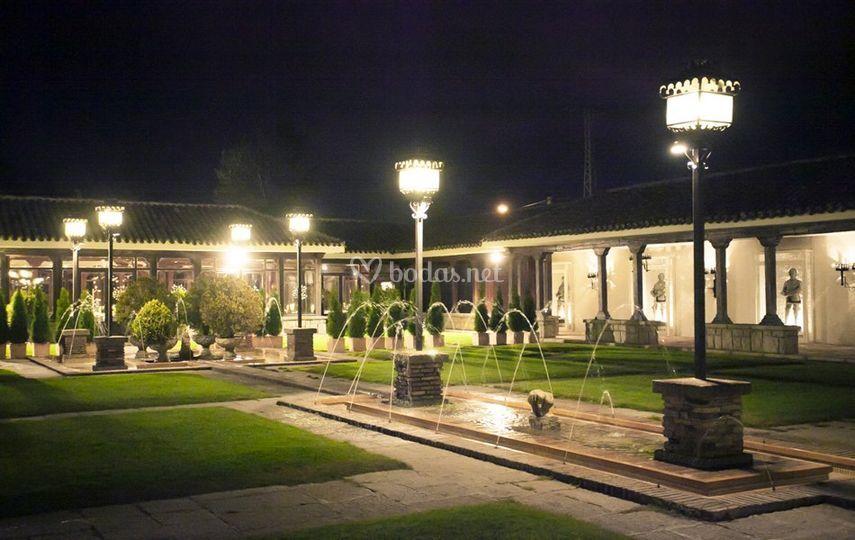 Jardines y porches iluminados